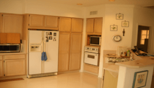 Should You Replace or Reface Your Kitchen Cabinets?