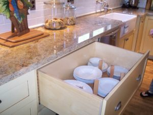 Simple Strategies for Organizing Your Kitchen Drawers