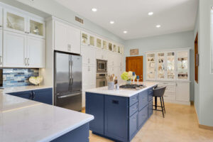Tips for Incorporating a Dining Space into Your Kitchen Island